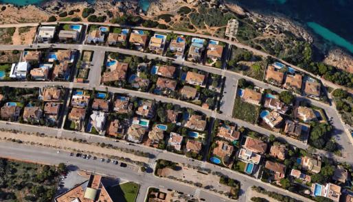 La nueva norma contemplaría en la construcción de viviendas unifamiliares en suelo rústico rebajar los parámetros edificatorios y la superficie máxima que podrá construirse.