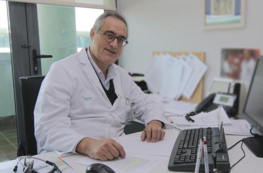 El doctor Sión Riera, jefe sección de enfermedades infecciosas de Son Espases.