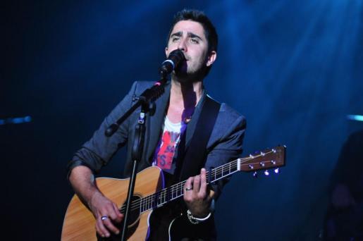 El artista Alex Ubago, durante un concierto en Palma.