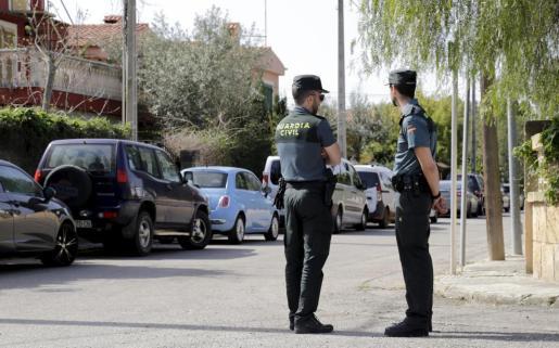 La Guardia Civil está investigando el caso del supuesto acoso sexual a una exalumna por parte de su profesor.