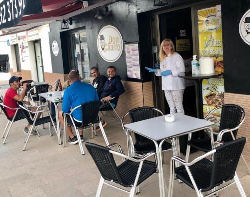 La terraza de un bar en Formentera durante la fase 2.