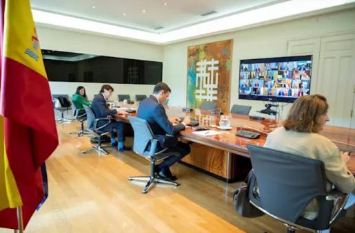 El presidente del Gobierno, Pedro Sánchez, durante su videoconferencia con los presidentes autonómicos a 07 de julio de 2020 - MONCLOA