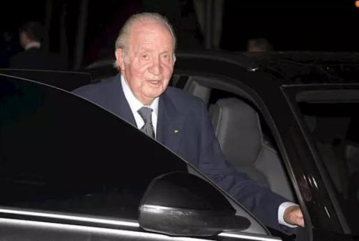 La Fiscalía del Supremo investigará al rey Juan Carlos I por la obra del AVE a La Meca.