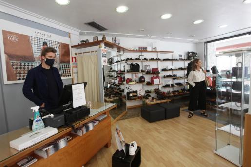 Imagen de una tienda de Ibiza.