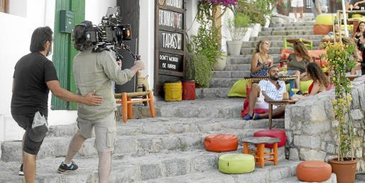 Una de las escenas del rodaje ayer en Dalt Vila.