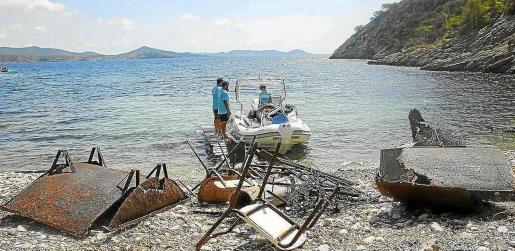 El Servicio de limpieza de litoral hace un gran trabajo durante los cuatro meses que dura su temporada de trabajo.