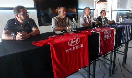 Siso Ferrer, Sergio Tortosa, Antonio Palma y Juanjo Bertomeu.