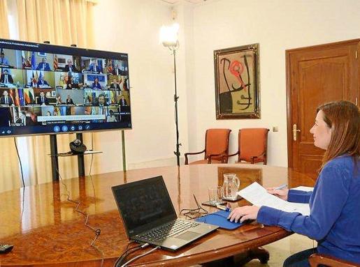 Imagen de archivo de la presidenta Armengol en una conferencia de presidentes 'on line'.