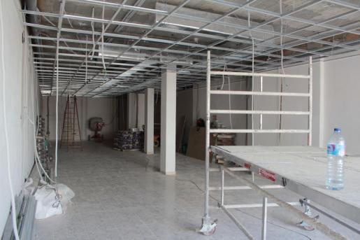 Interior de la futura oficina del SOIB en Santa Eulària.