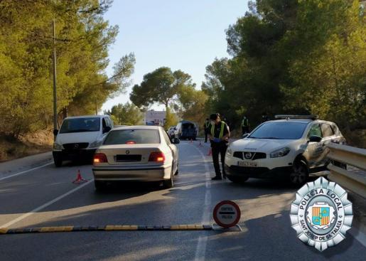 Un control de la Policía Local de Sant Josep.