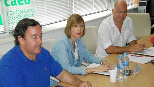 José María Cardona, Cristina Marí y Jordi Carreño, ayer en la presentación.