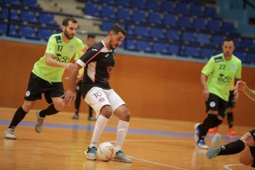 Tarek, en un partido entre el Harinus y el San Pablo.