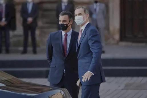 El presidente del Gobierno, Pedro Sánchez y el Rey Felipe VI - Jesús Hellín - Europa Press