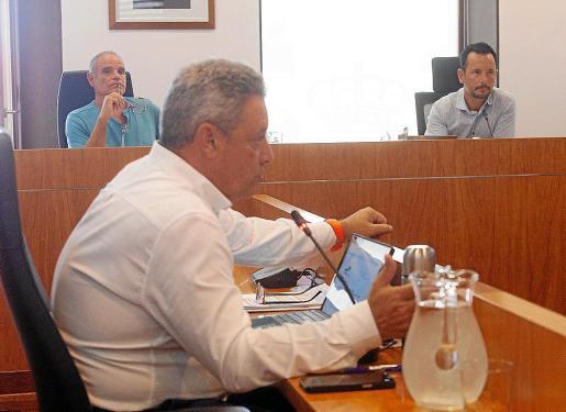 Imagen de ayer, durante el pleno municipal del Ayuntamiento de Ibiza.
