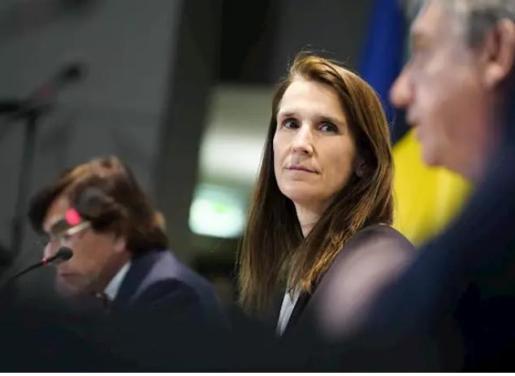Sophie Wilmes, primera ministra de Bélgica, en una reunión del Consejo de Seguridad Nacional centrada en la pandemia de coronavirus.