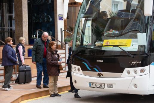 Un grupo de turistas del programa del Imserso, durante un viaje a Baleares.