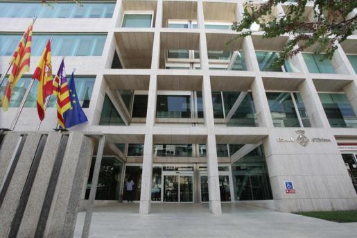 Fachada del Consell d'Eivissa