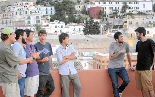 Integrantes del grupo La Marina Band.