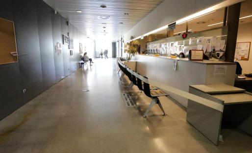 Zona de recepción del centro de salud de Vila.