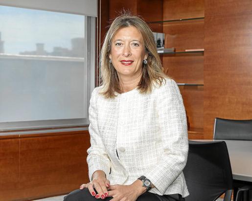 La directora territorial de CaixaBank en Baleares, María Cruz Rivera.