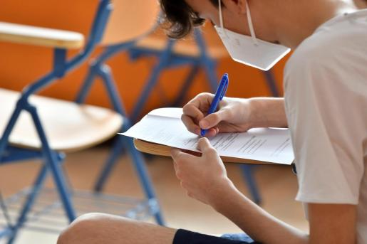 Los alumnos empiezan a volver a las aulas en España.