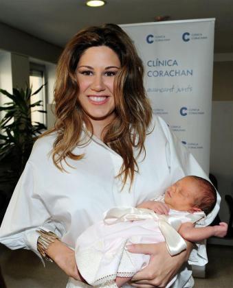 Foto que la cantante Tamara ha publicado junto a su hija Valentina.