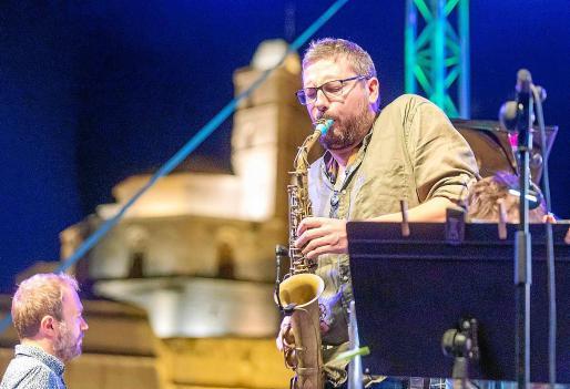 La primera jornada del Eivissa Jazz 2020 fue todo un éxito a pesar de todas las medidas de seguridad y las reducciones de aforo necesarias.