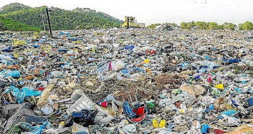 El vertedero de Ca na Putxa, donde se almacenan los residuos de la isla..