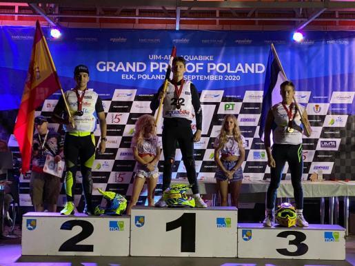Juan Carlos Palau, en la segunda posición del podio.