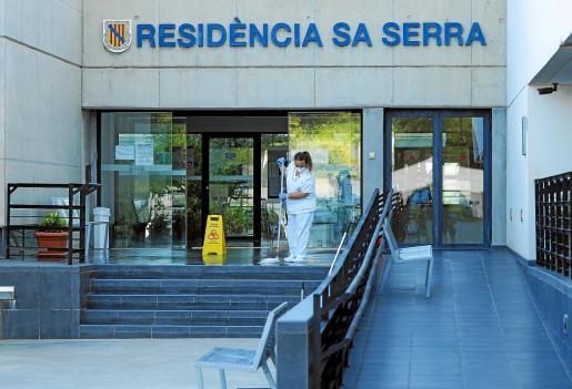 La residencia de sa Serra fue desinfectada la semana pasada.