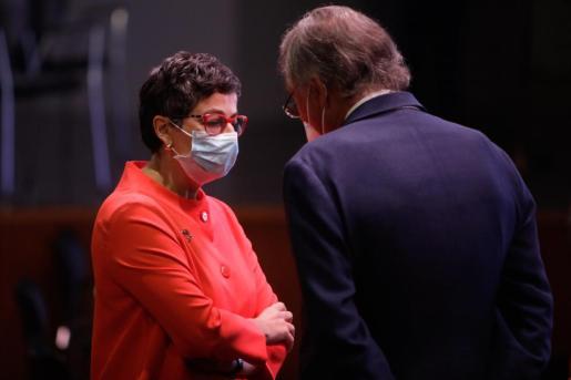 La ministra de Asuntos Exteriores, Unión Europea y Cooperación, Arancha González Laya, tras la conferencia ofrecida por el presidente del Gobierno, Pedro Sánchez, bajo el título 'España puede.