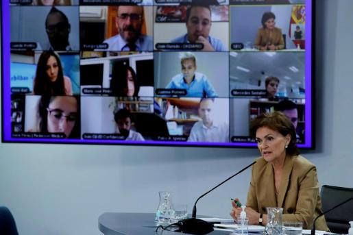 La vicepresidenta primera y ministra de la Presidencia, Relaciones con las Cortes y Memoria Democrática, ofrece una rueda de prensa tras el Consejo de Ministros.