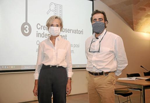 Marta Vall·Llossera e Ignasi Salas presentaron ayer los datos de 2020.