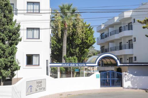 Hotel puente de Ibiza.