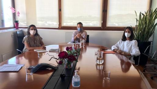 Reunión con el Ayuntamiento de Ibiza.