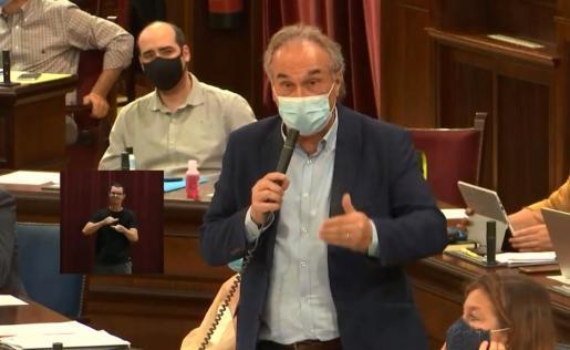 El conseller Martí March, en el Parlament.