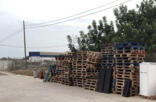 formentera ha reciclado los palets de la Deixalleria.