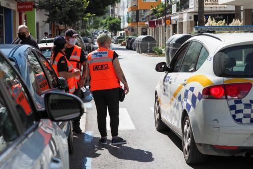 Imagen del sábado pasado, primer día en que entraron en vigor las restricciones en Vila.