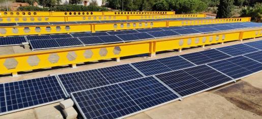 Las nuevas placas fotovoltaicas en la ITV de Santa Gertrudis.