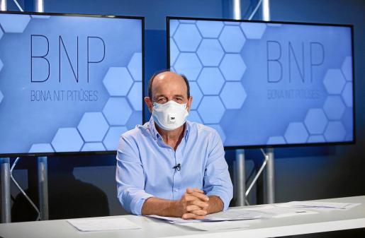 Carlos Rodríguez, ayer en el plató del programa Bona Nit Pitiüses de la Televisió d'Eivissa i Formentera.
