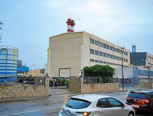 Imagen de la central de Endesa en la ciudad de Ibiza.