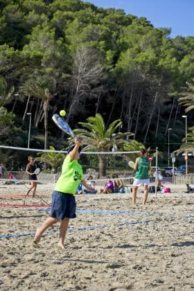 Un instante de la competición celebrada en Cala Llonga.