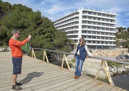 El turismo extranjero cayó en Menorca un 90 por ciento; el nacional diminuyó un 50 por ciento.