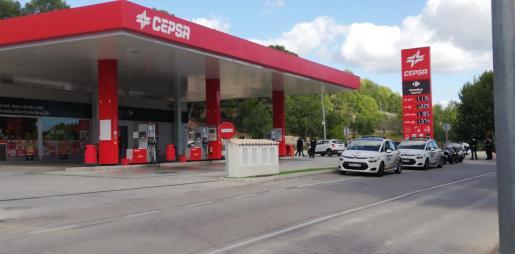 Los hechos han tenido lugar en las inmediaciones de la gasolinera de Peguera.