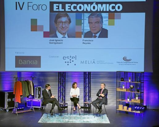 La editora de El Económico Paula Serra moderó la conversación entre Goirigolzarri, presidente ejecutivo de Bankia, y Reynés, presidente y CEO de Naturgy. Foto: Teresa Ayuga