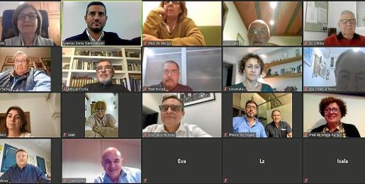 La junta local del PP de Sant Antoni, reunida ayer por la noche de manera telemática.