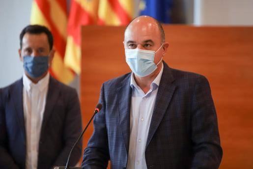 El presidente del Consell d'Eivissa, Vicent Marí, durante la rueda de prensa de ayer.