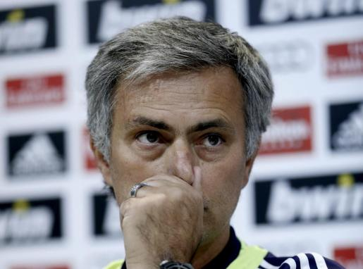 El técnico portugués José Mourinho, entrenador del Real Madrid, en la conferencia de prensa celebrada hoy.