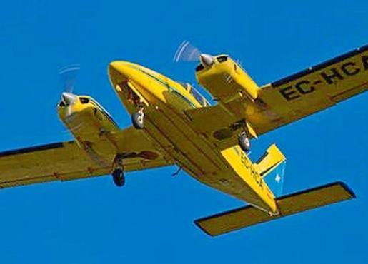 Imagen de un bimotor Piper Seneca como el desaparecido cuando hacía el vuelo Ibiza-Reus.