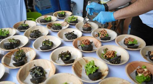 El evento tuvo una parte gastronómica y una parte didáctica con la cofradía de Sant Antoni.